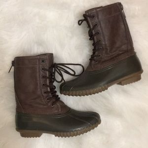 Duck Boot Style Boots